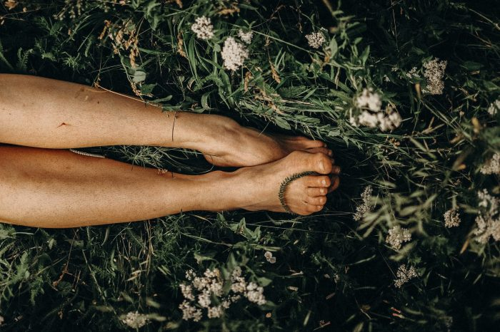 Barefoot Walking - Barefoot on the grass